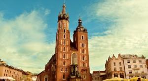 W Krakowie powstała pierwsza dzielnicowa mini pasieka na dachu budynku