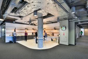 Designerska przestrzeń do pracy. Przytulnie i domowo w O4 Coworking