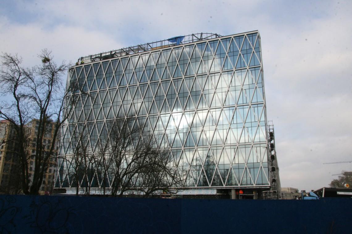 Warszawski biurowiec Villa Metro z niezwykłą fasadą