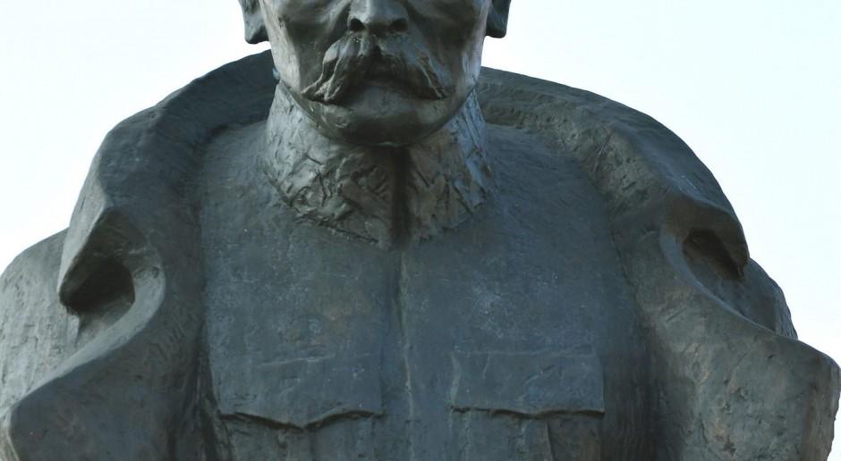Pomnik Piłsudskiego zastąpi pomnik Armii Czerwonej