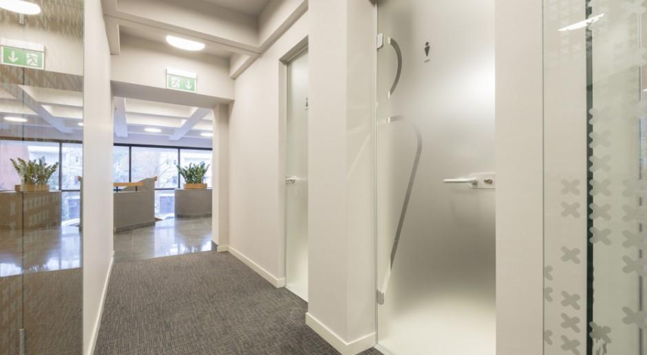 Przepisy warunkujące zastosowanie drzwi szklanych