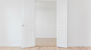 Drewniane drzwi - renowacja krok po kroku