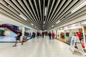 Sufit cały w aluminium w Darwin Shopping Centre
