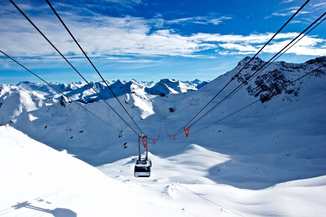 Otwarcie po modernizacji największego w Polsce ośrodka narciarskiego wstrzymane