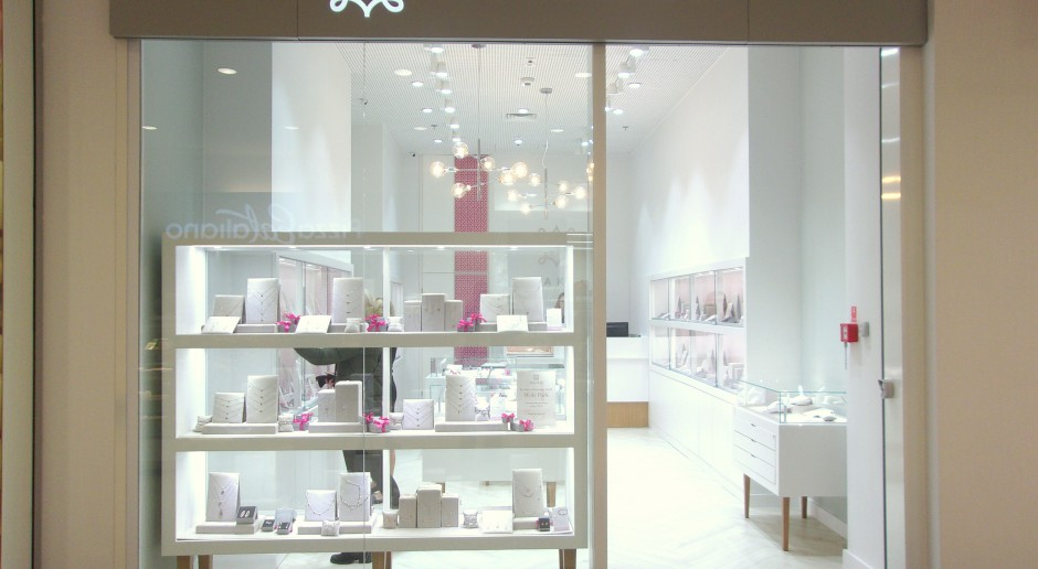 Nowy salon Ani Kruk - minimalistyczny i cały w bieli