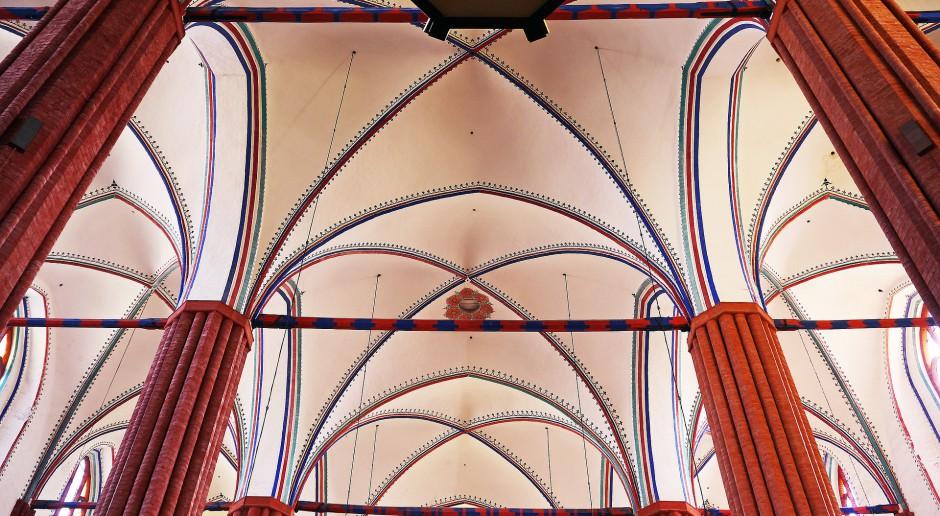 Dawny blask odzyskuje gotyckie arcydzieło z kościoła w Komorowicach