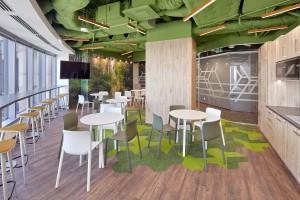 Kolorowo, innowacyjnie i przytulnie. Oto nowe biuro MSD od Massive Design
