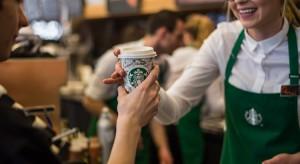 Najnowsza kawiarnia Starbucks w zabytkowych wnętrzach pałacu