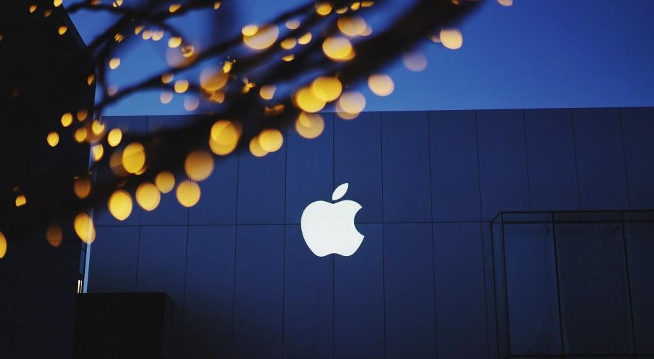 Upubliczniono patenty Apple ukazujące składany telefon