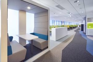 "Biuro typu ""back office"" nie musi być skromne. Oto warszawskie biuro MMC Group Services"