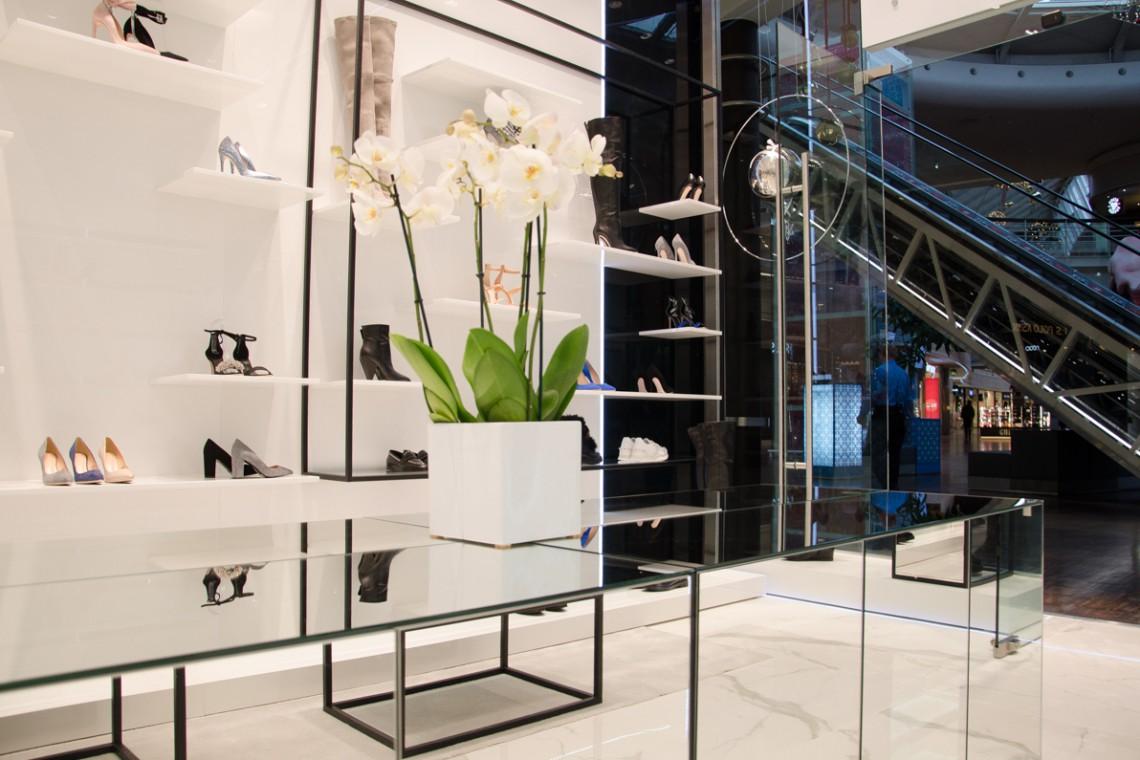 Do Manufaktury wkracza czarno-biały minimalizm