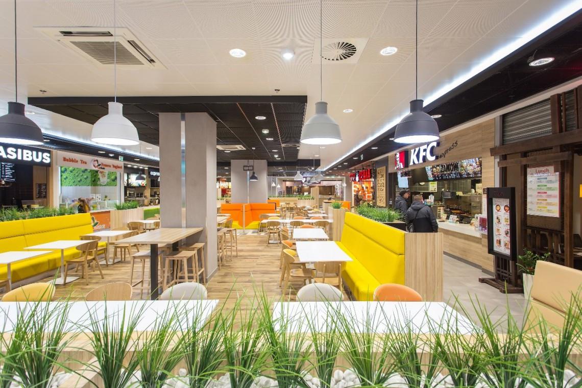 Arkady Wrocławskie inwestują w design. Strefa restauracyjna w nowej odsłonie