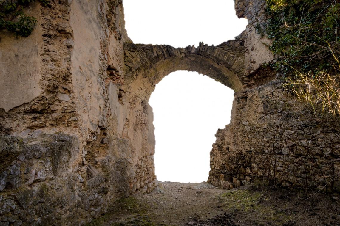 Tysiące zabytków ze średniowiecznego miasta w Dzwonowie