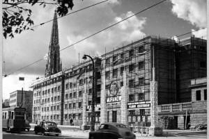 Wycieczka po Warszawie śladami Bohdana Lacherta i Józefa Szanajcy