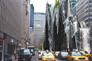 Wodospady, kajaki i… las. Propozycje na Park Avenue w Nowym Jorku zarazem dziwią i zachwycają
