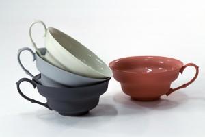 Porcelana Ćmielów: Tworzymy przedmioty, których użytkowość jest tylko pretekstem dla pięknej formy