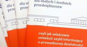 """Poznań walczy z chaosem reklamowym. Miasto opublikowało """"Szyldownik"""""""