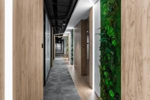 Agile workplace, biophilic design, a przede wszystkim prostota i komfort. Współczesne trendy w projektowaniu biur nie są tylko pustą deklaracją