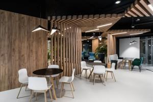 Biuro skrojone na miarę według The Design Group