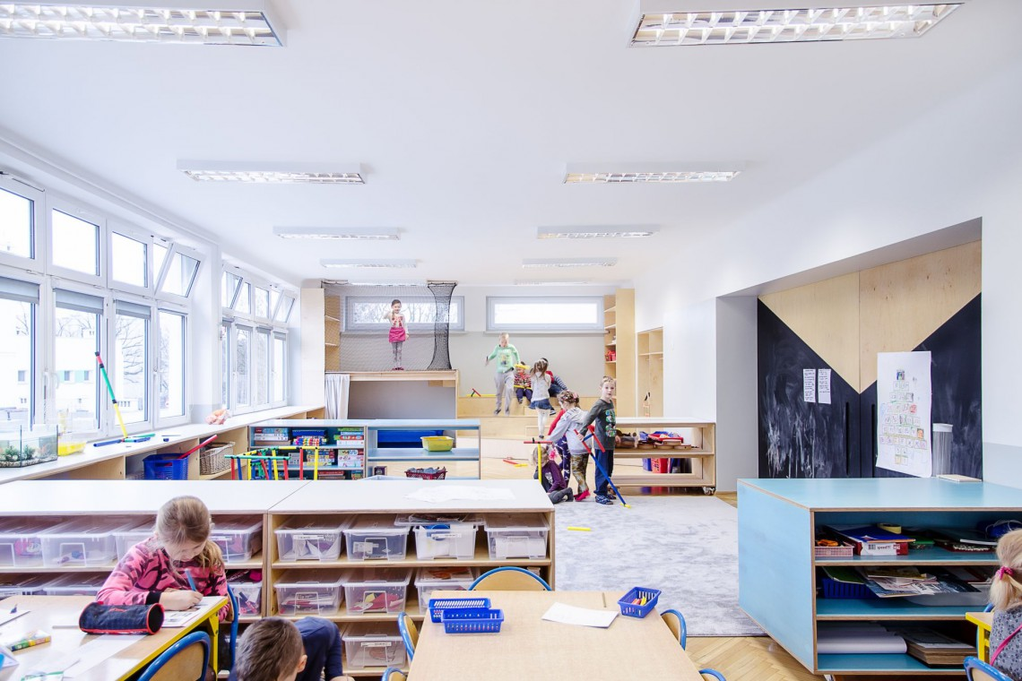 Przedszkole do nauki i zabawy. Zachęca dzieci do integracji i odkrywania