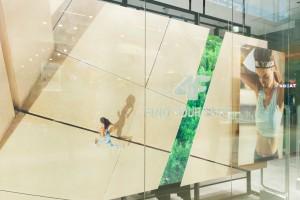 Marka 4F otwiera sezon nowym konceptem sklepów. Jest industrial, jest minimalizm