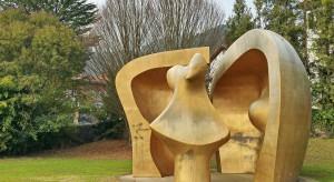 Monumentalne rzeźby Henry'ego Moore'a w Polsce