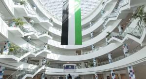 Najbardziej innowacyjny uniwersytet w Dubaju. Smartfon wystarczy do sterowania światłem