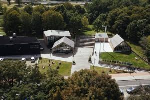 TOP: Polskie budynki, na których króluje czerń