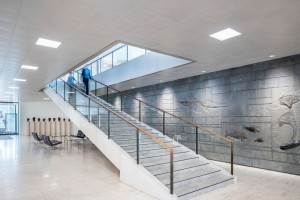 Modernizacja w modernistycznym gmachu Horsta Linde