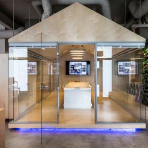 Kreatywne, funkcjonalne, z najwyższej półki - biuro idealne według firmy Muniak