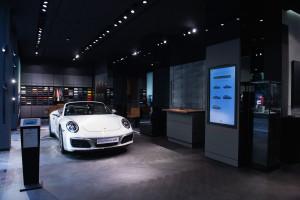 Fascynujące samochody sportowe i ekskluzywny design. Jedyne takie miejsce w Mediolanie?