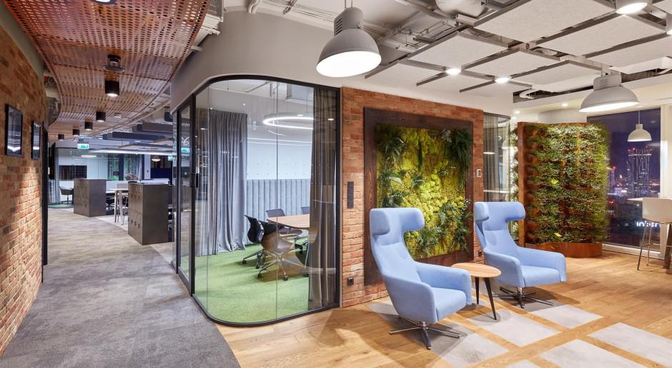 Biura firm technologicznych pierwsze w odważnym designie
