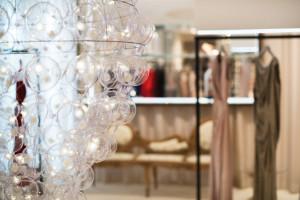 Gigantyczna lampa od PUFF-BUFF w butiku August Pfuller we Frankfurcie