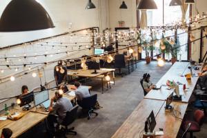 Biura serwisowane i coworki rosną w siłę
