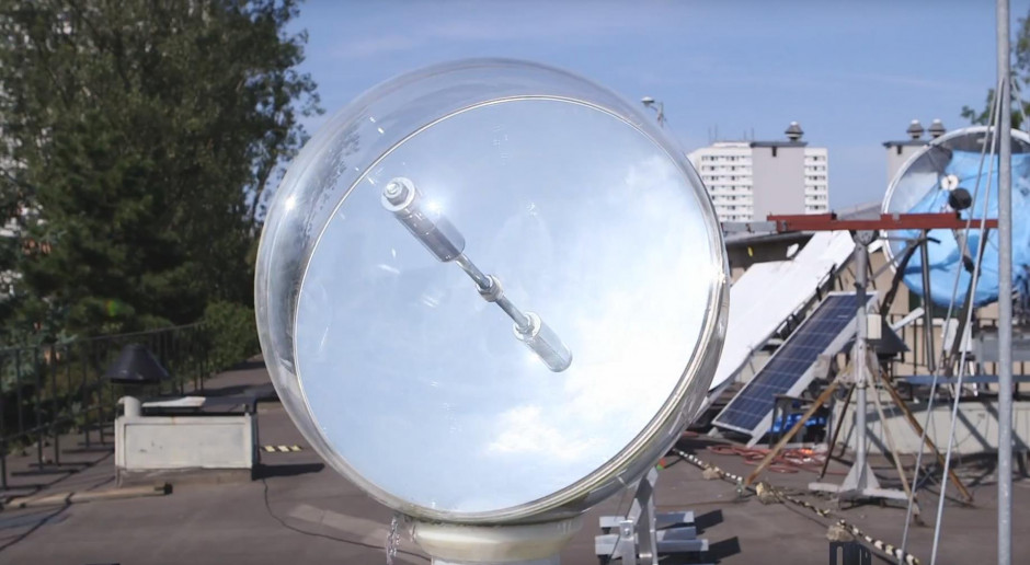 Rozwiązanie naukowców z AGH doświetli ciemne pomieszczenia światłem naturalnym