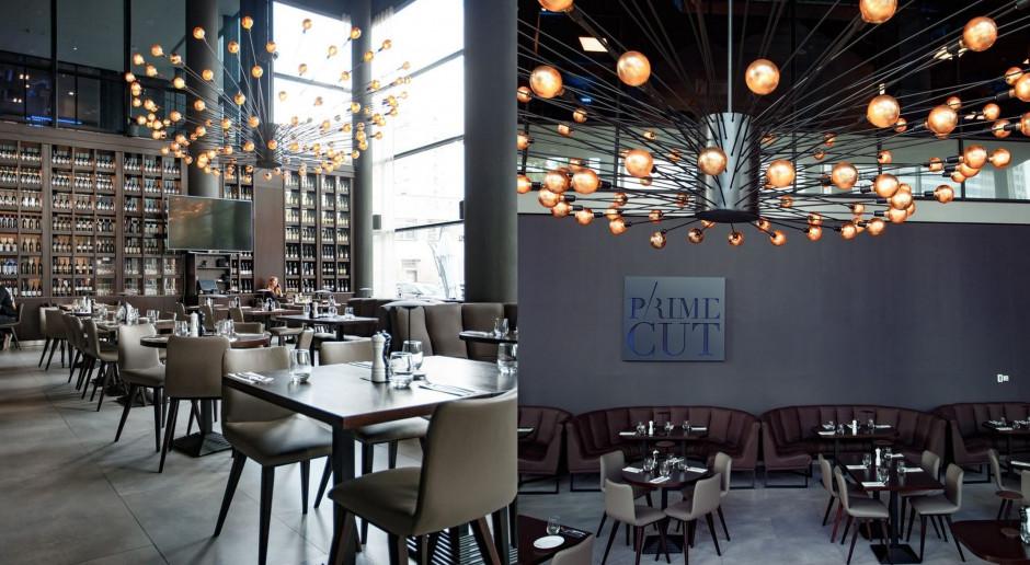 Nowy steak house w Warszawie zaskoczył designem