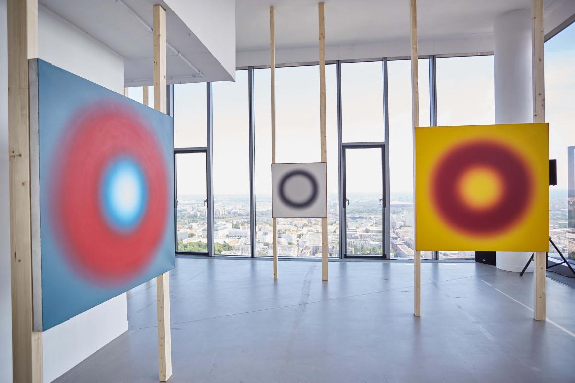 Ostatnia szansa na podziwianie niezwykłych prac Wojciecha Fangora w wyjątkowej przestrzeni