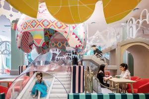 Restauracja niczym plac zabaw. Oto kraina baśni dla najmłodszych szkicu X+Living