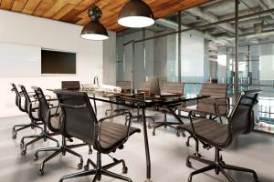 Sala konferencyjna czy strefa relaksu? Miejsce na negocjacje w biurze