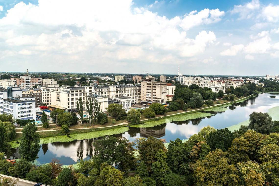 Ogrody polsko-niemieckie zmieniają otoczenie warszawskiego Kamionka