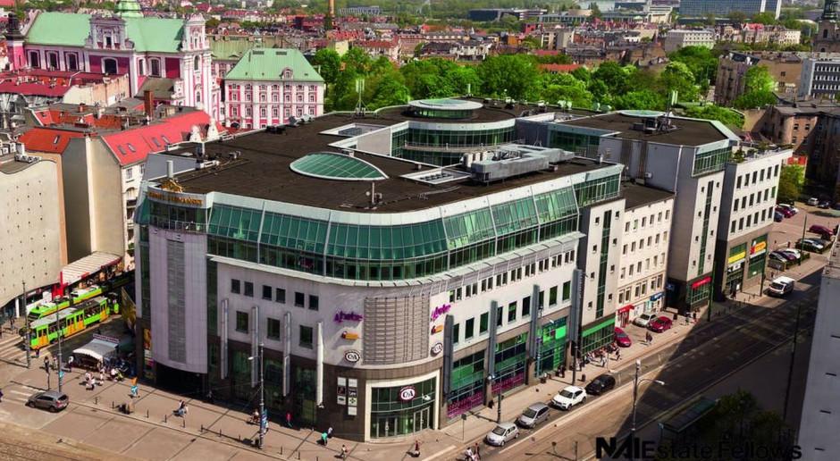 Strefa relaksu, nowoczesny hall i efektowy mural. Tak się zmienia Kupiec Poznański