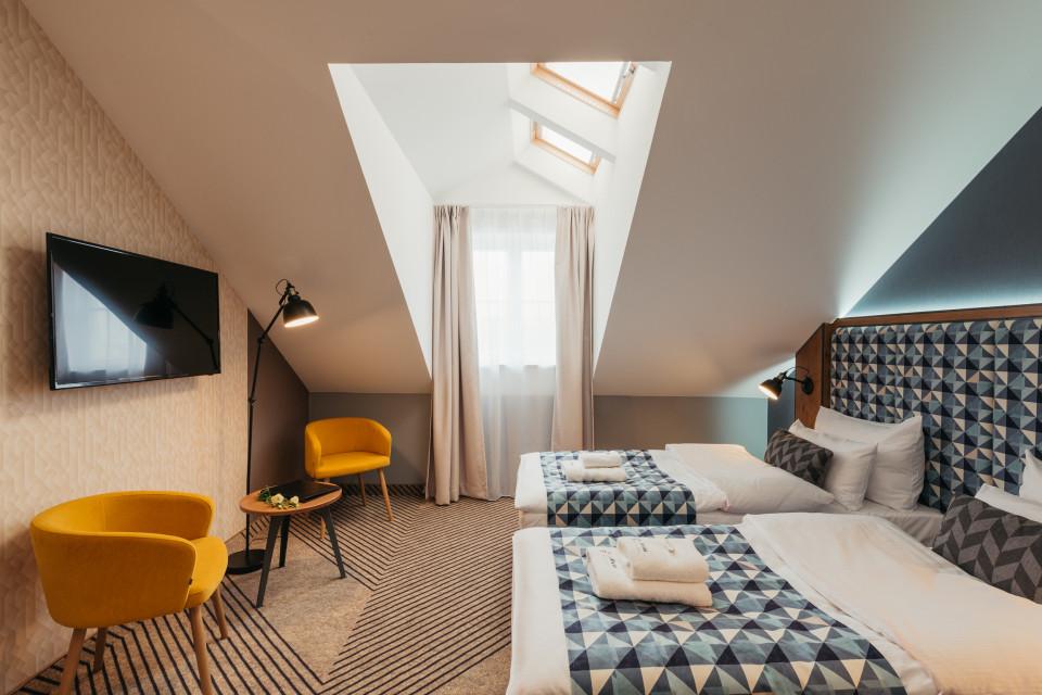 Hotel w koszarach, akademik w starej drukarni i hotele w biurowcach