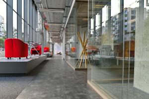 Oto nowy showroom Tecno w Polsce. Zaglądamy do środka!