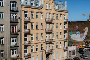 Brzeska jak Ząbkowska? Pierwsza kamienica już po renowacji