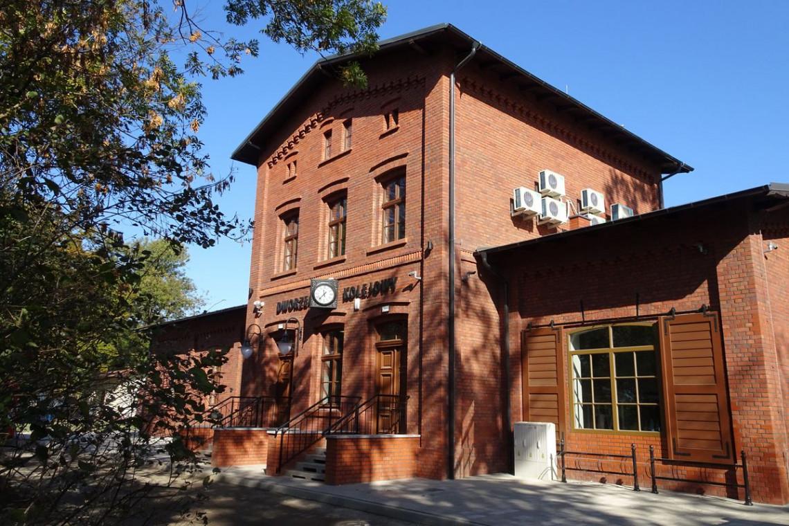 PKP S.A. otwiera trzy zmodernizowane dworce na Dolnym Śląsku