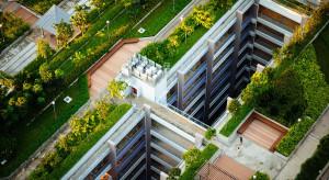 Więcej miejskiej zieleni, ule na dachach i wydruki 3D - to czeka branżę budowlaną