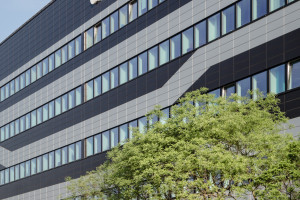 Metamorfoza głównej siedziby Banku Handlowego według Urban Project