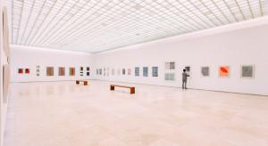 Instalacje Doroty Nieznalskiej w Pawilonie Czterech Kopuł