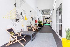 AvePark – miejsce dla dużych i małych ze ścianami ubranymi w Wall Wrap'a