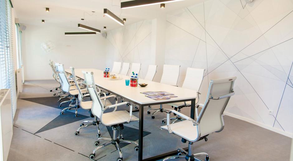 Zabawa kształtem: geometria w biurze